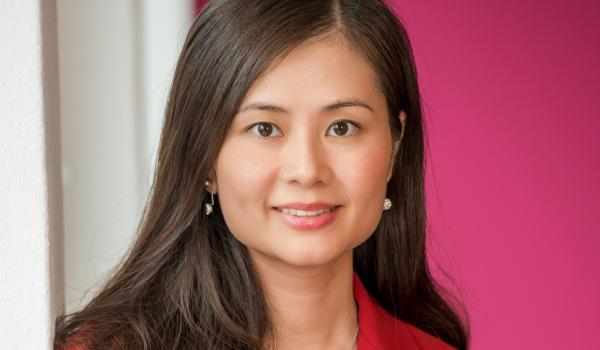 Mandy Lin Director China